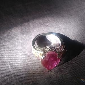 Ladies 925 oversized ring.